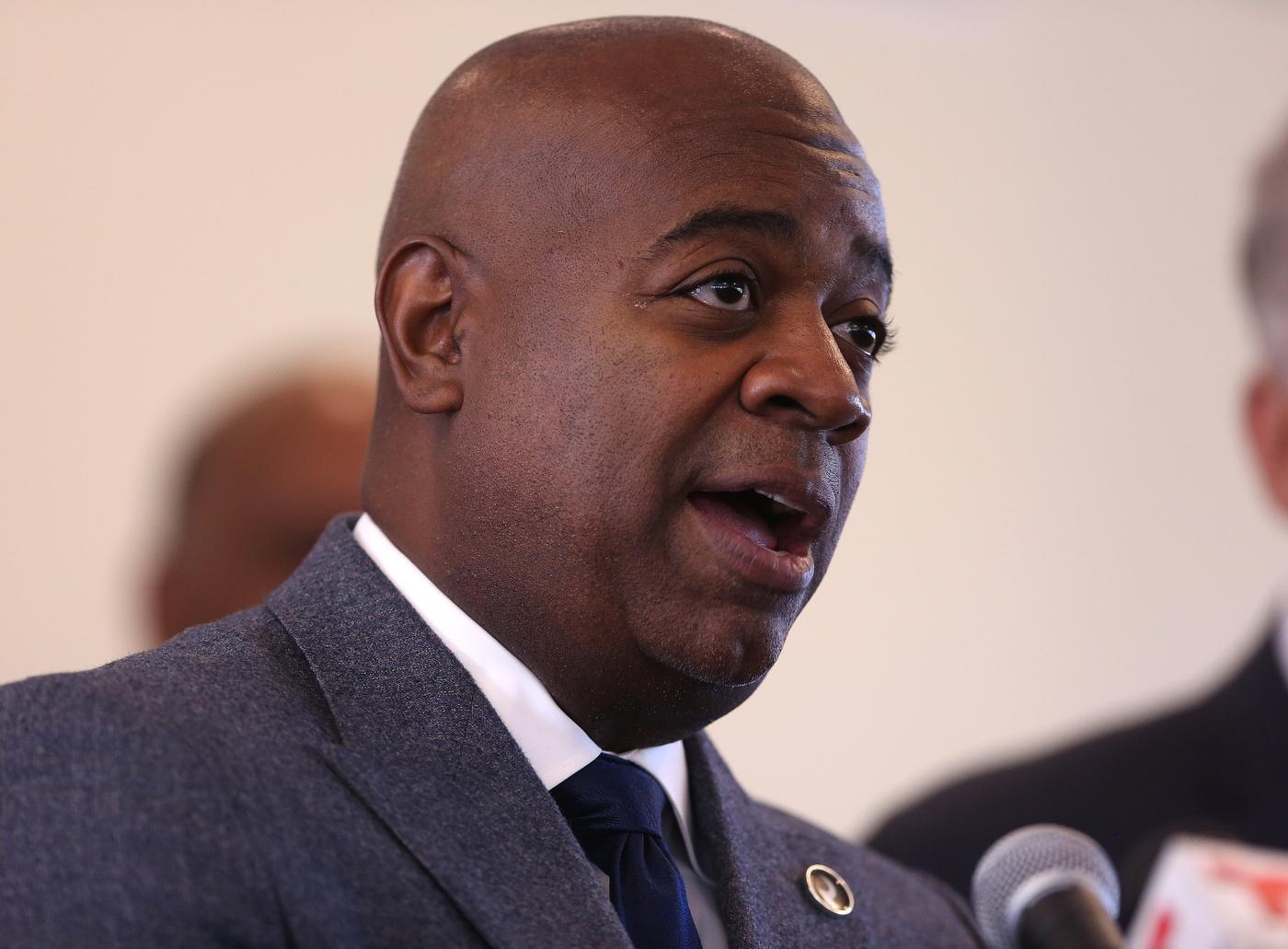 Baraka sees racial animus, but Newark's denials on lead echo those in Flint | Moran