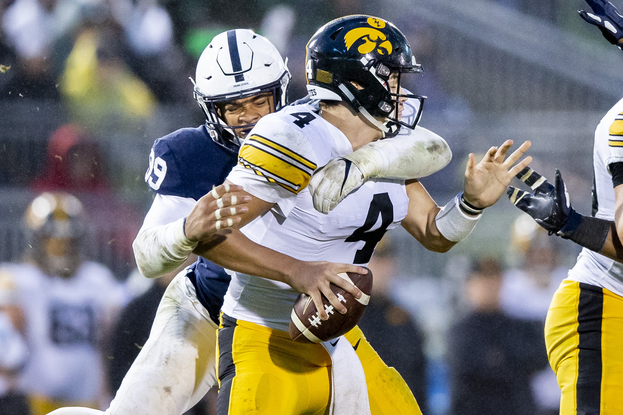 Penn State-Iowa bold predictions: Who wins and by how much? The Lions' tight ends in focus, watch out for Epenesa, more