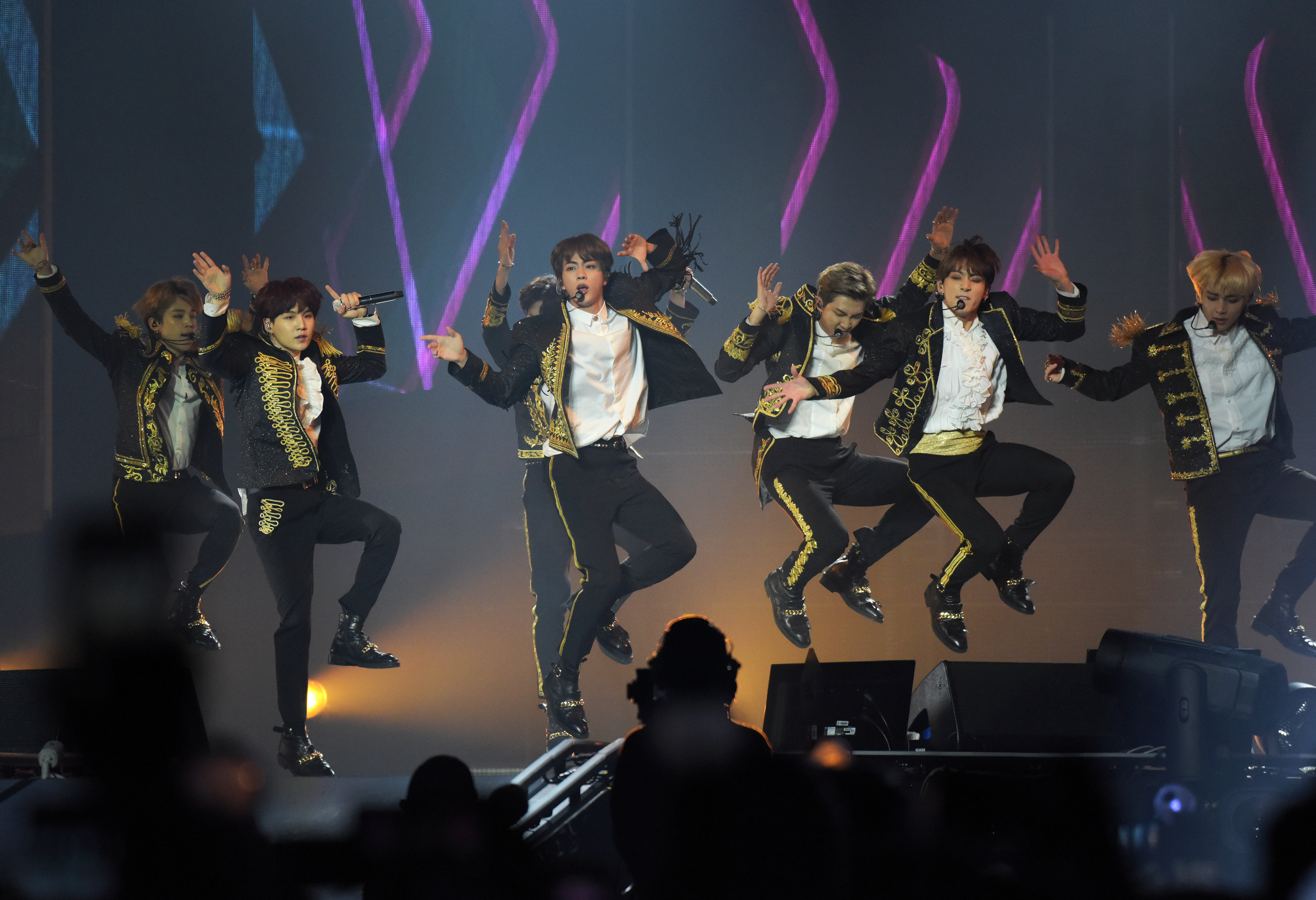BTS at MetLife Stadium: Everything you need to know, transit info, parking, bag policy