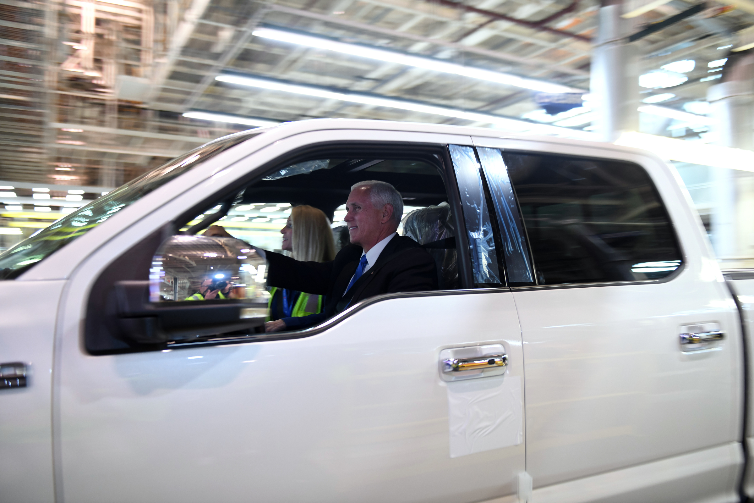 Trump's trade deal wins big praise from Michigan's Big Three automakers