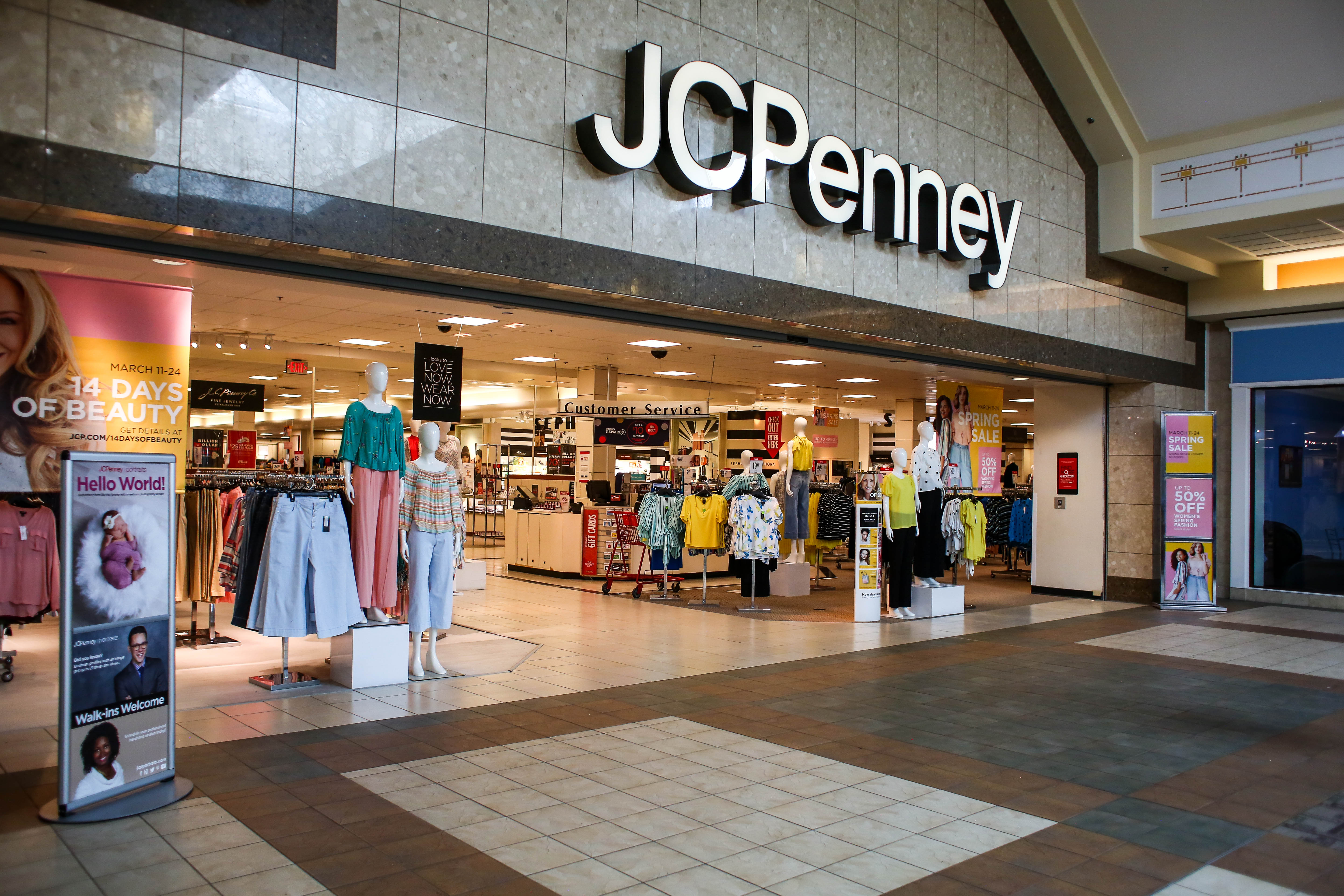 JCPenney to hire hundreds of seasonal associates in Pa.