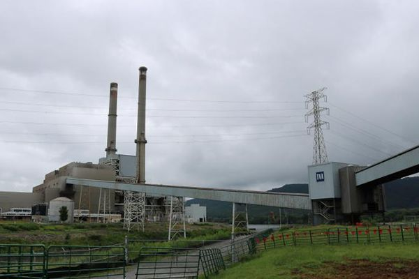 Watch TVA implode shuttered north Alabama coal plant