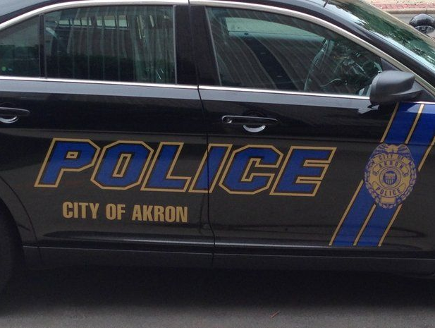 Man fatally shot in Akron tried to rob victim at gunpoint, police say