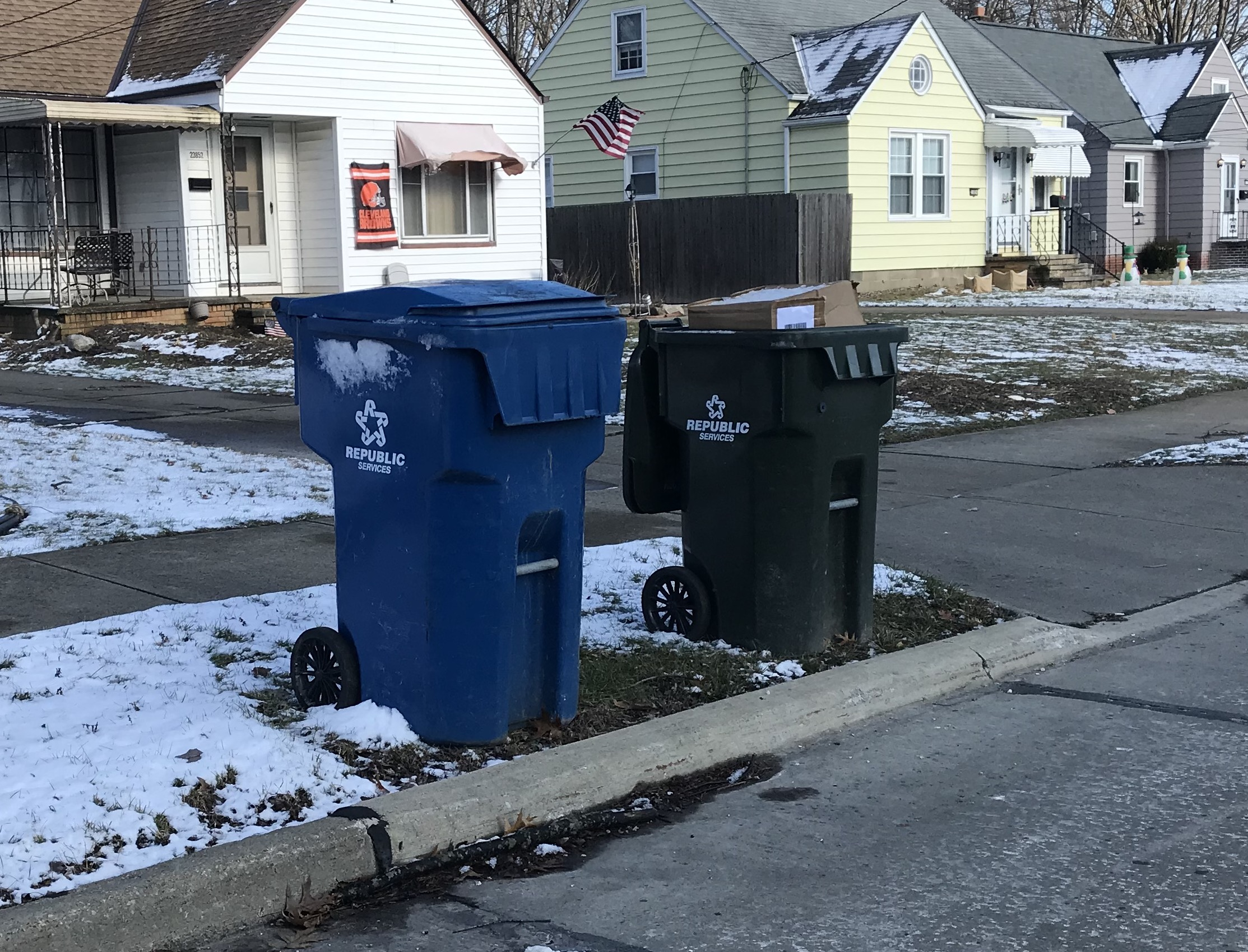 Republic Services Bulk Pickup Calendar 2022.North Olmsted Approves New Garbage Contract Reschedules Monthly Bulk Pickup Cleveland Com