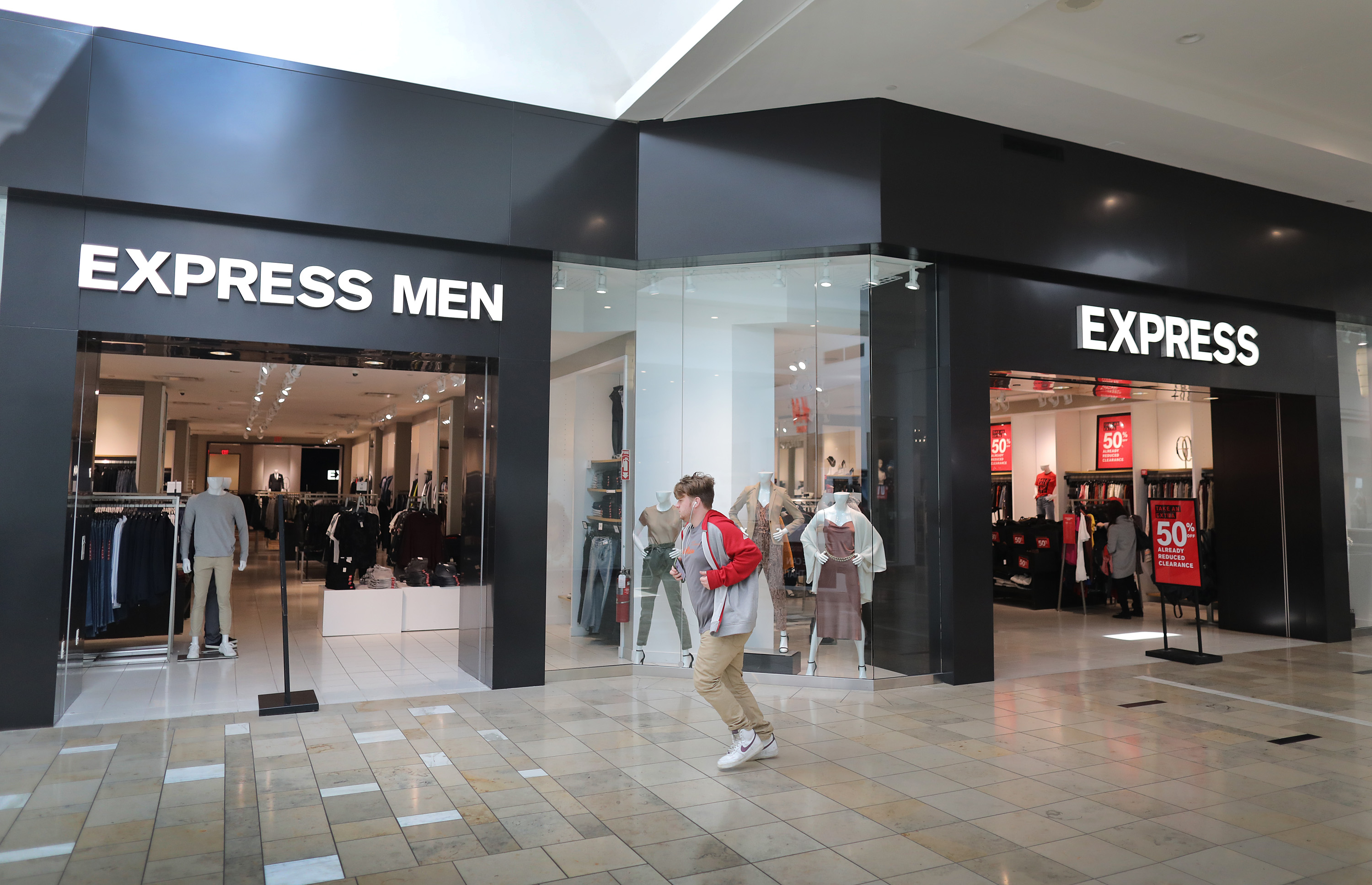 Around 450 Stores Restaurants And Places To Play Will Eventually Fill This Massive N J Mall What Are They Pennlive Com
