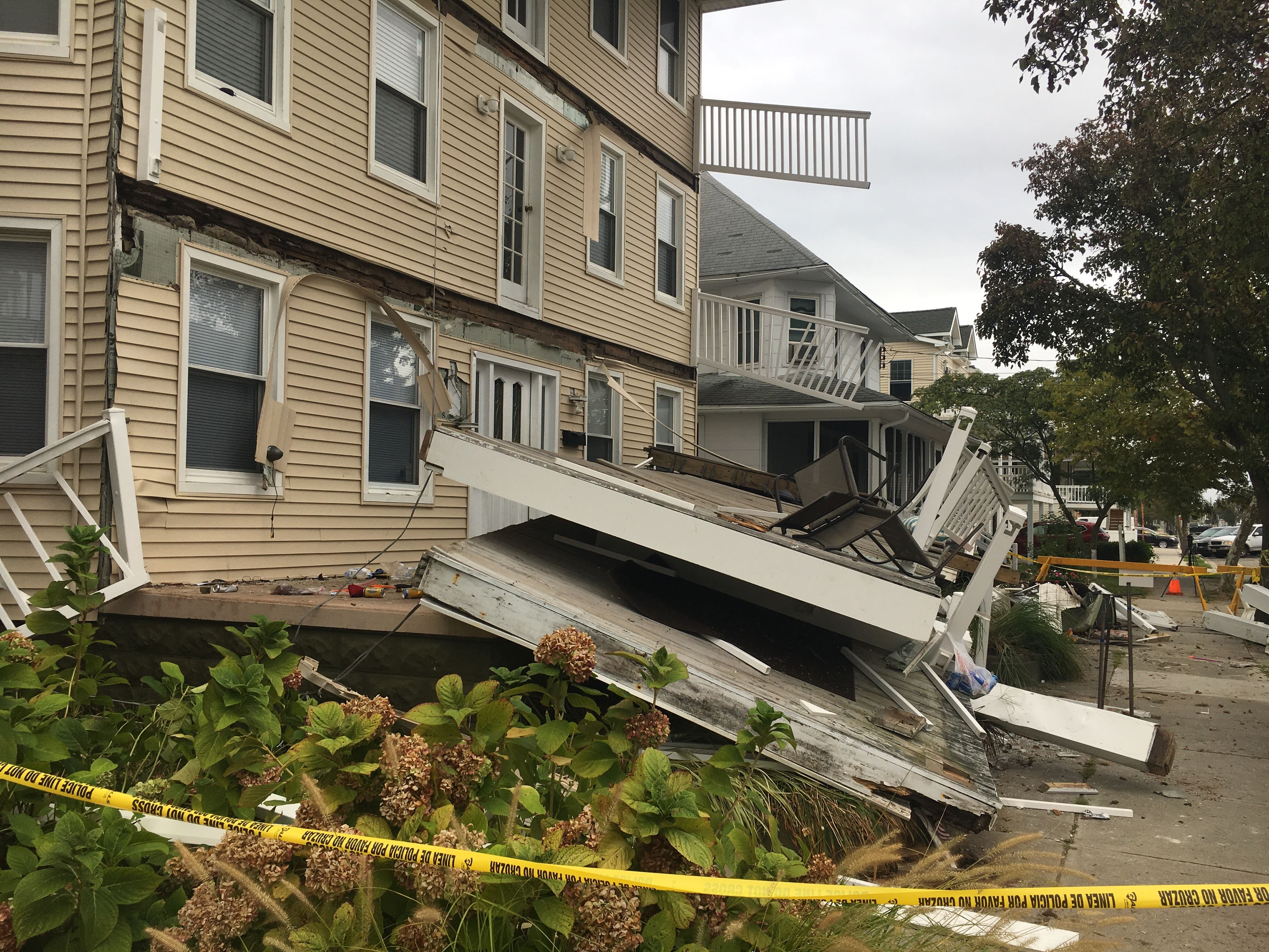 2 remain hospitalized after multiple decks collapse at Shore beach house