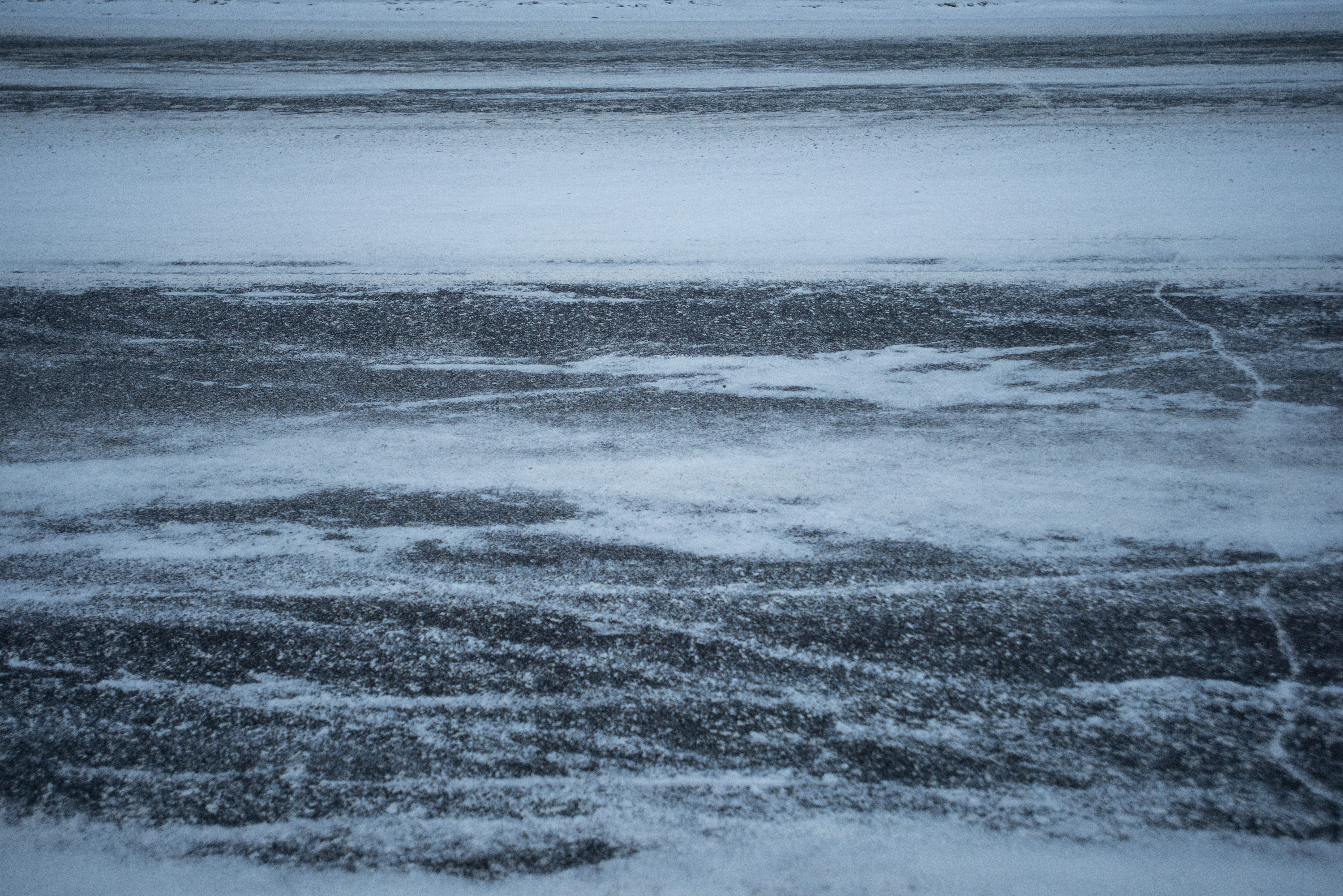 Burst of snow followed by multiple crashes across mid-Michigan