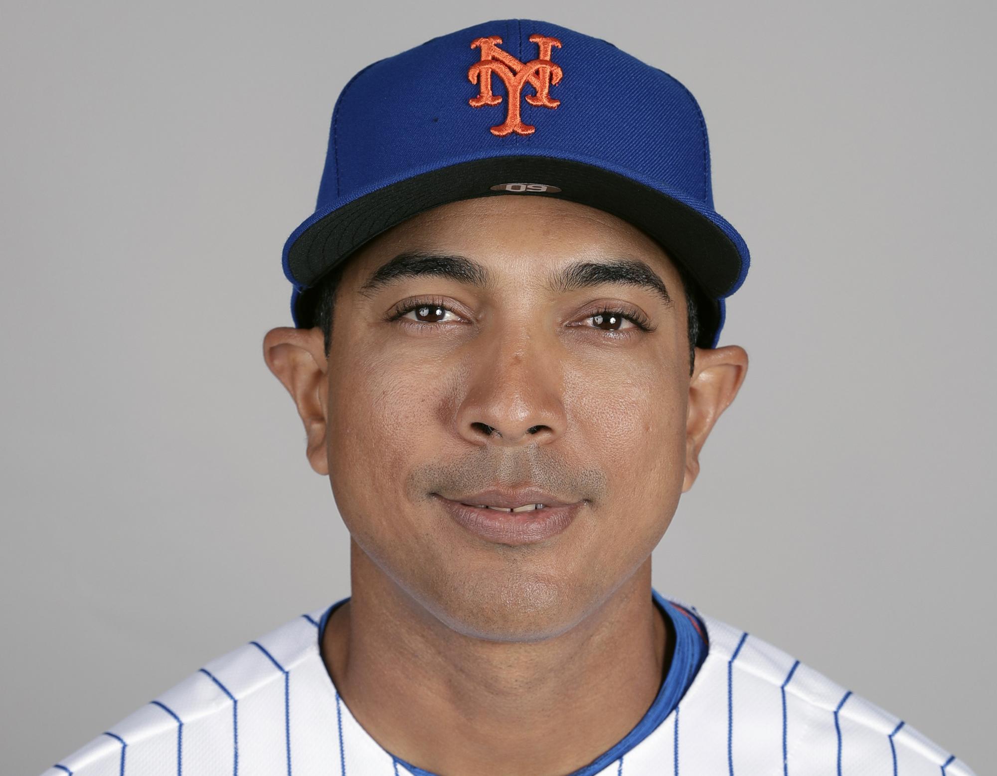 New York Mets name Luis Rojas manager, replacing Carlos Beltran