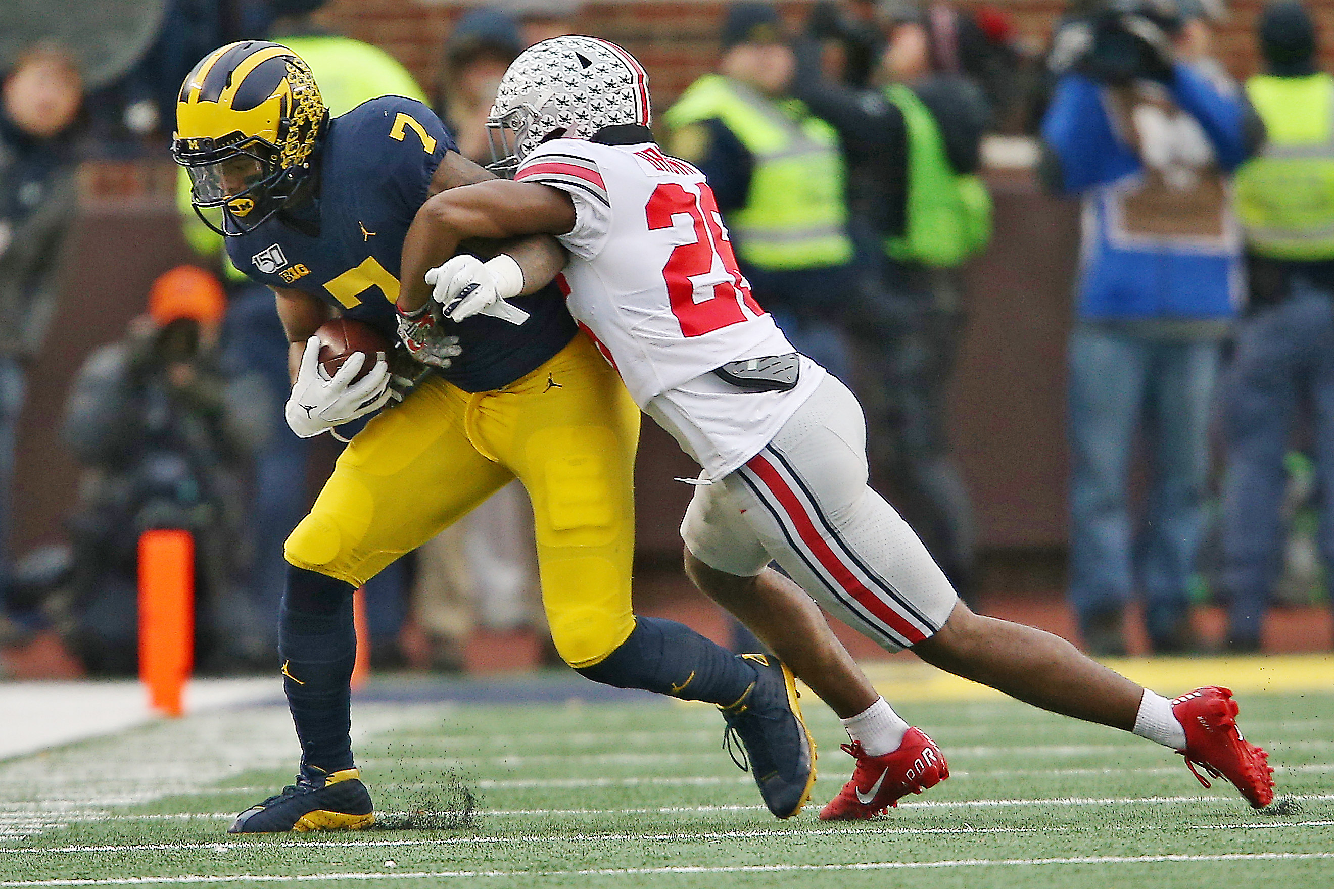 Michigan Falls One Spot In College Football Playoff Poll
