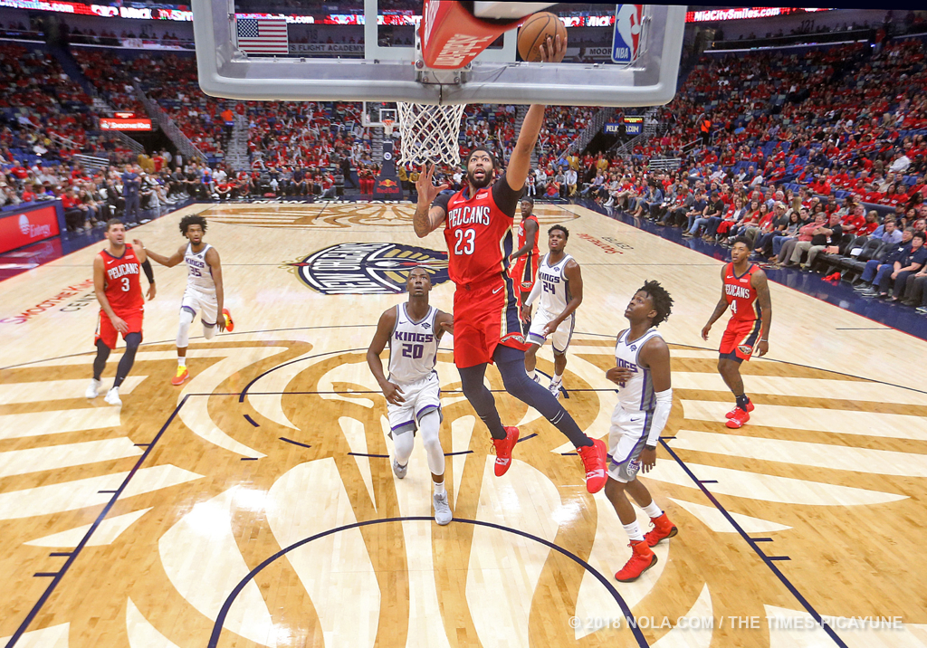 New Orleans Pelicans forward Anthony Davis (23) scores during the home opener game between the Sacramento Kings and New Orleans Pelicans at the Smoothie King Center on Friday, October 19, 2018. (Photo by Michael DeMocker, NOLA.com | The Times-Picayune)