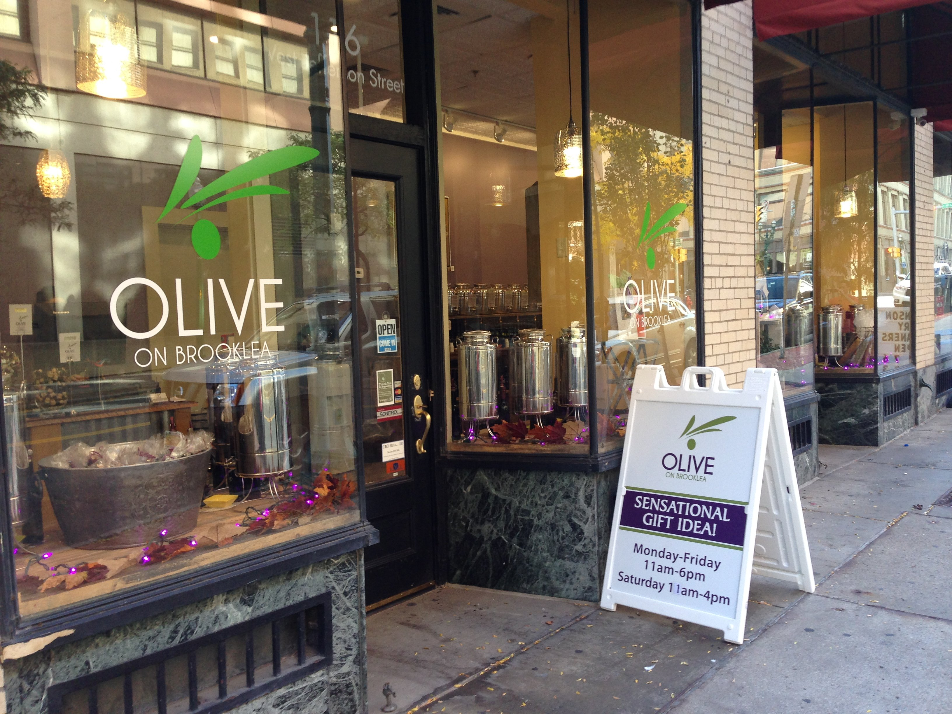Stalled Sibley's project sparks closure of downtown olive oil shop