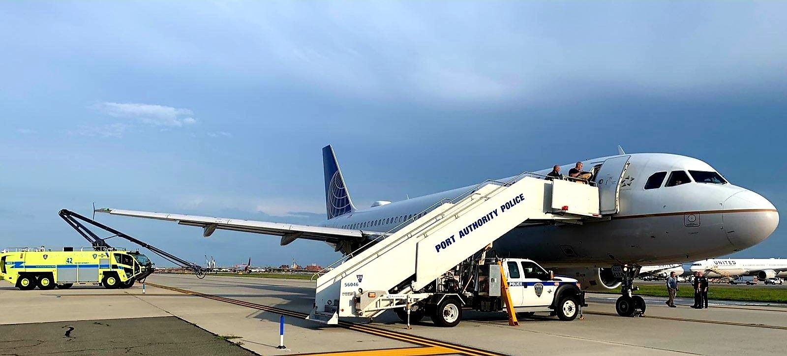 United Airlines plane leaks 240 gallons of jet fuel on Newark airport taxiway