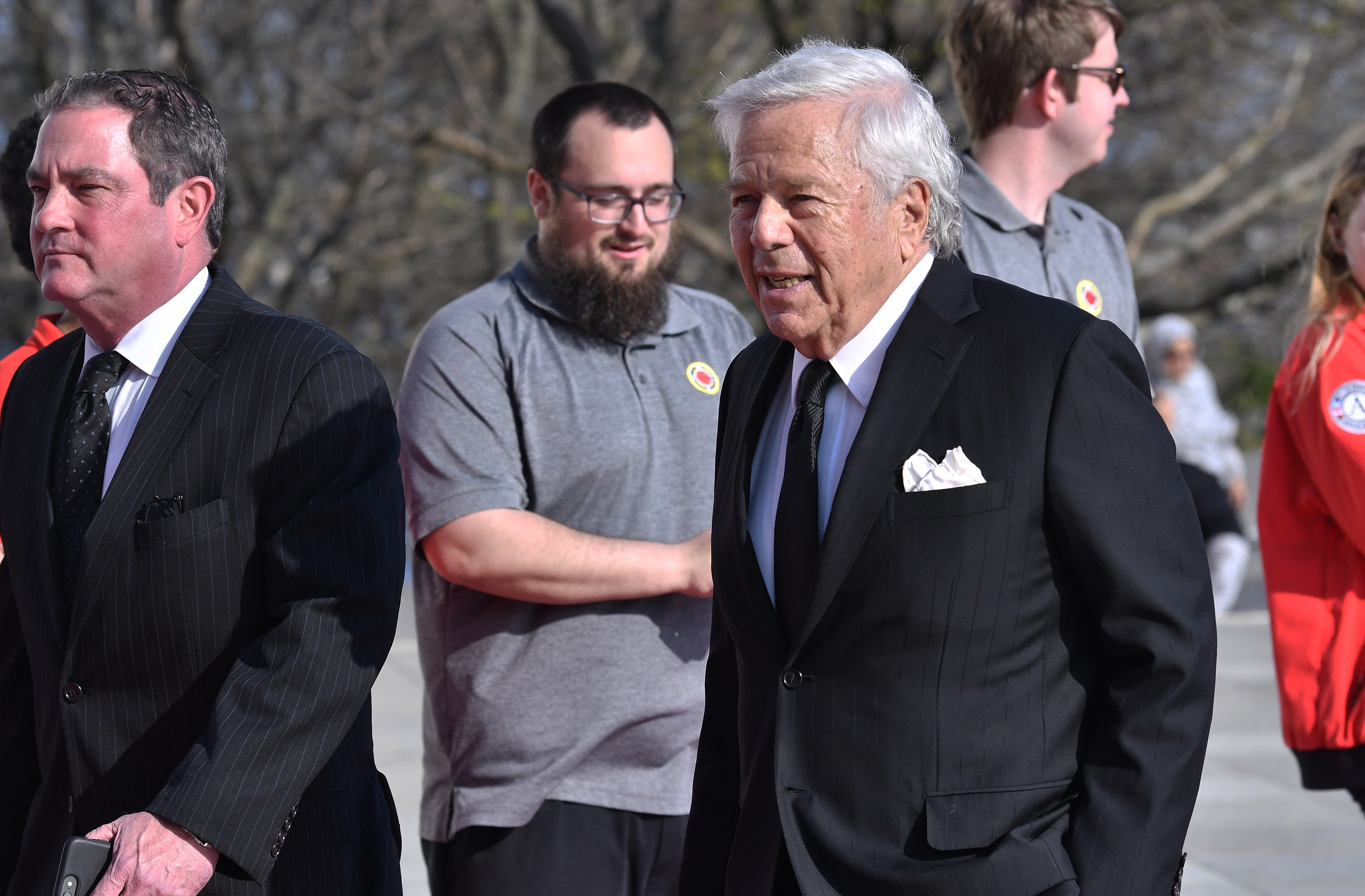 How Patriots owner Robert Kraft brought Jay-Z and NFL together