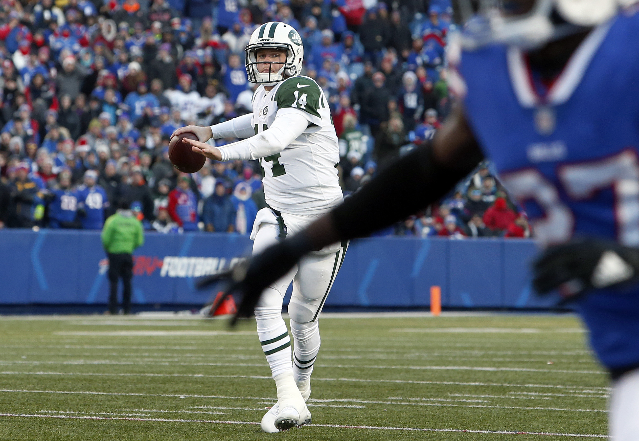 Could Re Injured Foot Keep Jets Sam Darnold Out Of Week 15