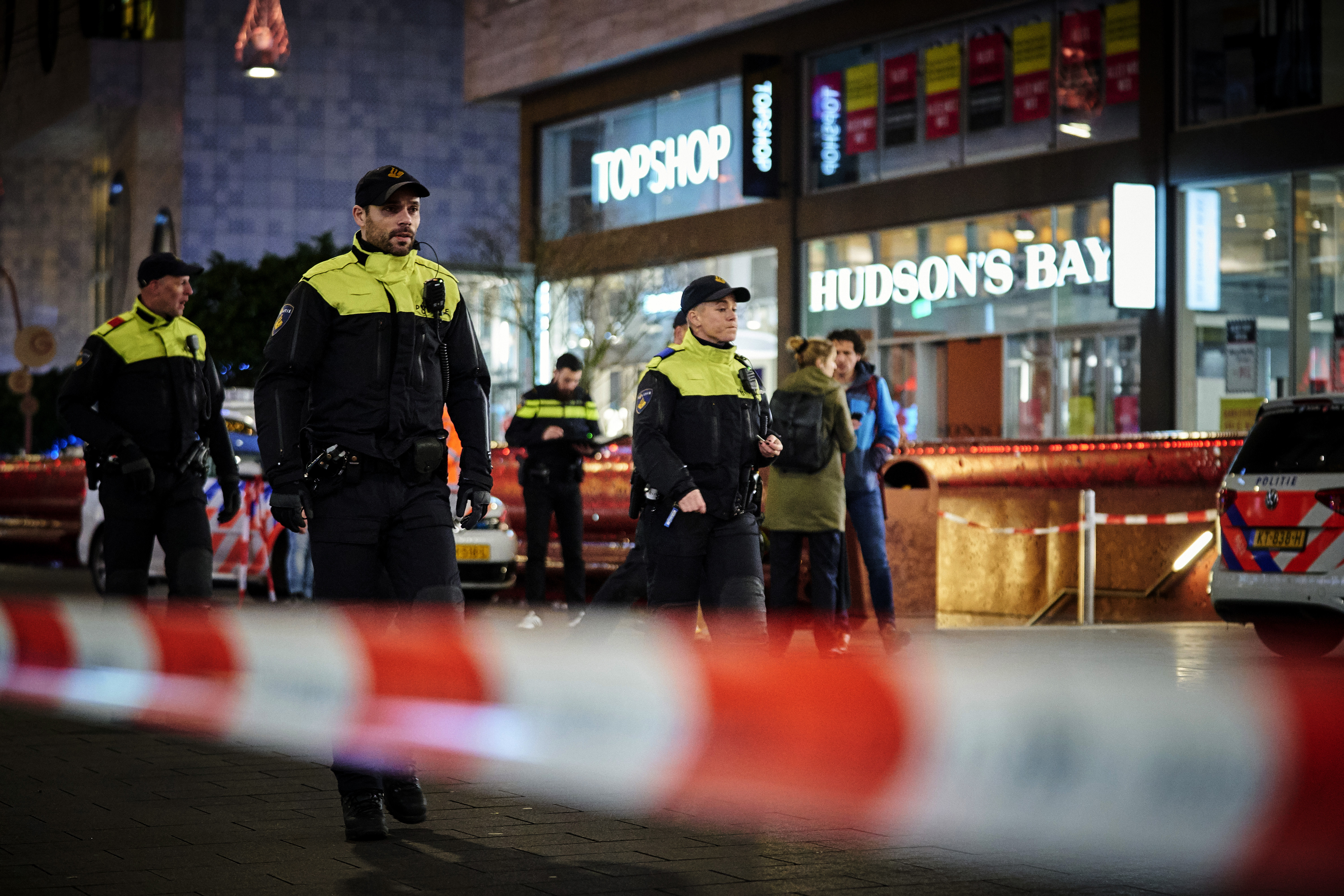 Dutch police: 3 people wounded in Hague stabbing
