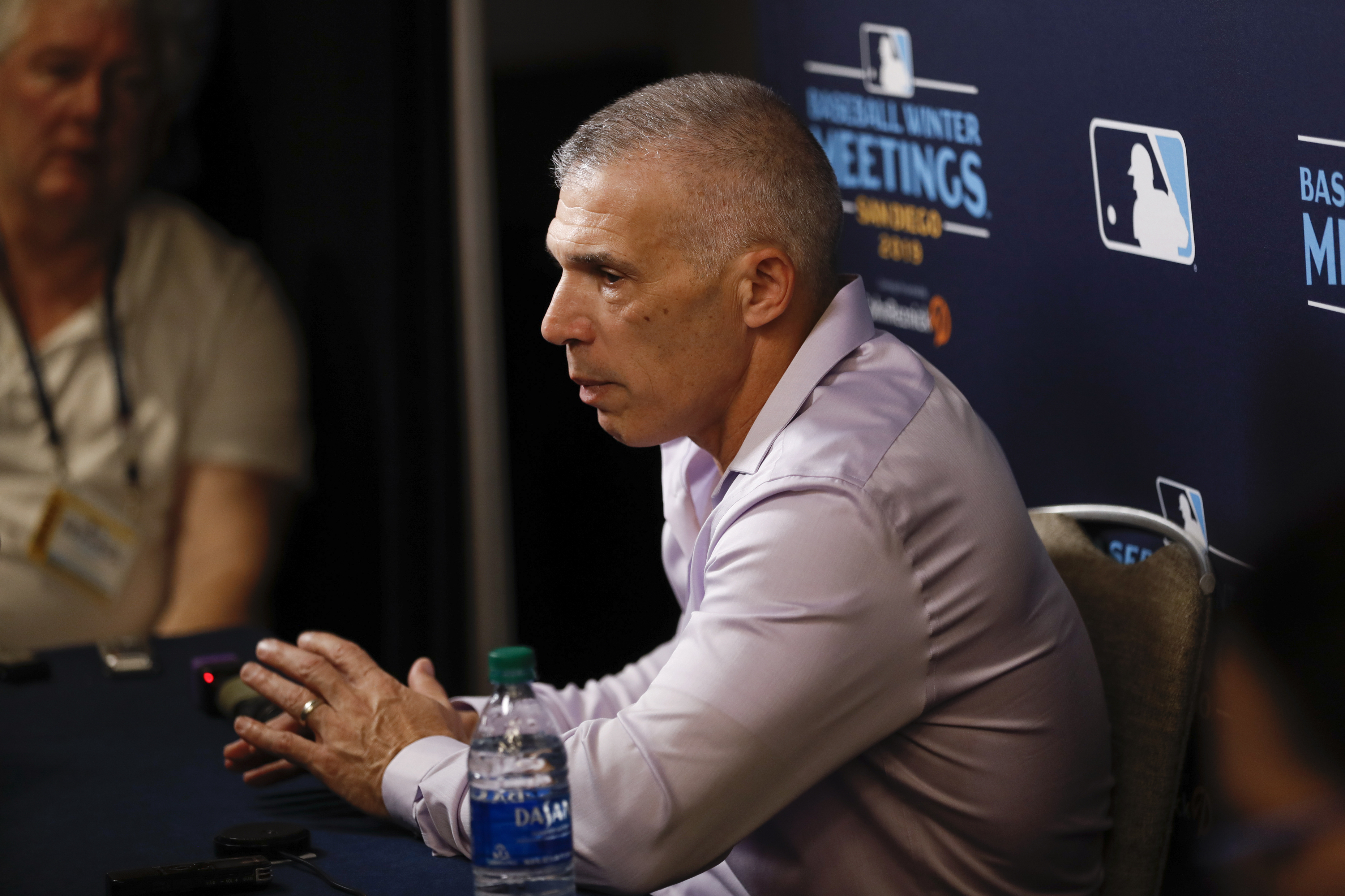 MLB rumors: No 'what-ifs' for ex-Yankees manager Joe Girardi over Astros' sign-stealing scandal