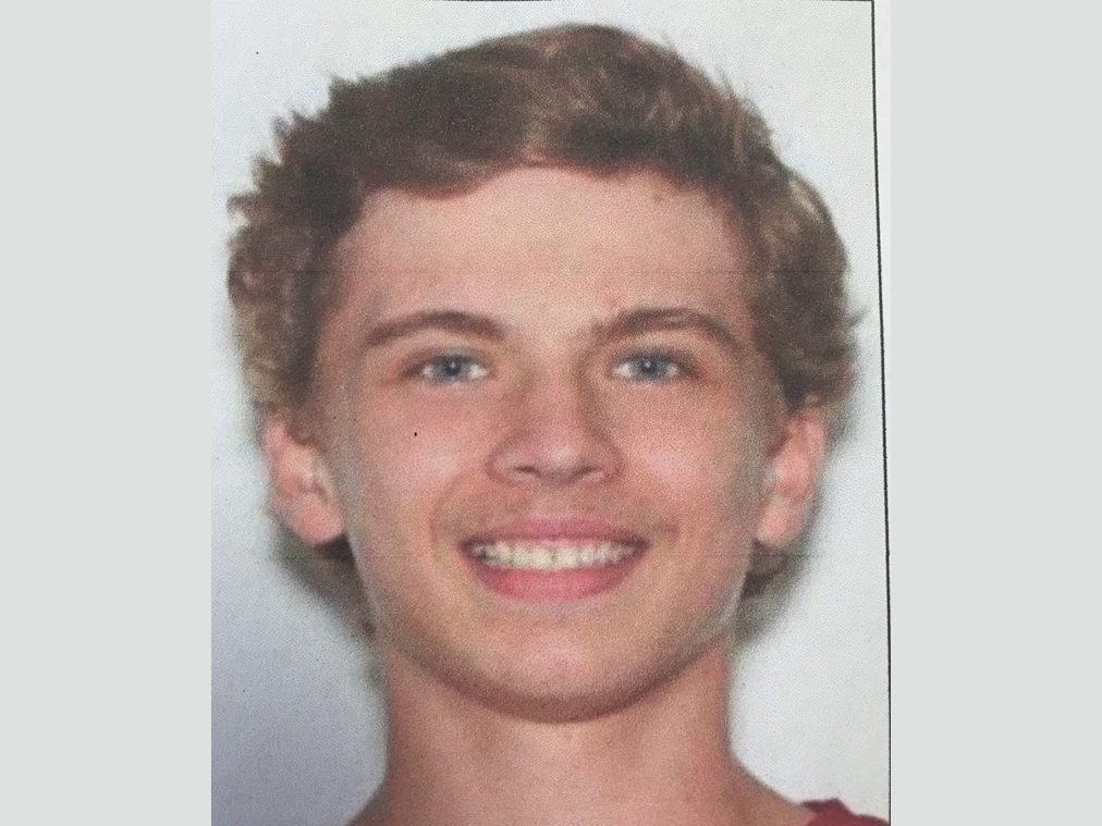 17 year old wanted for questioning after 2 found dead in Western NY fire
