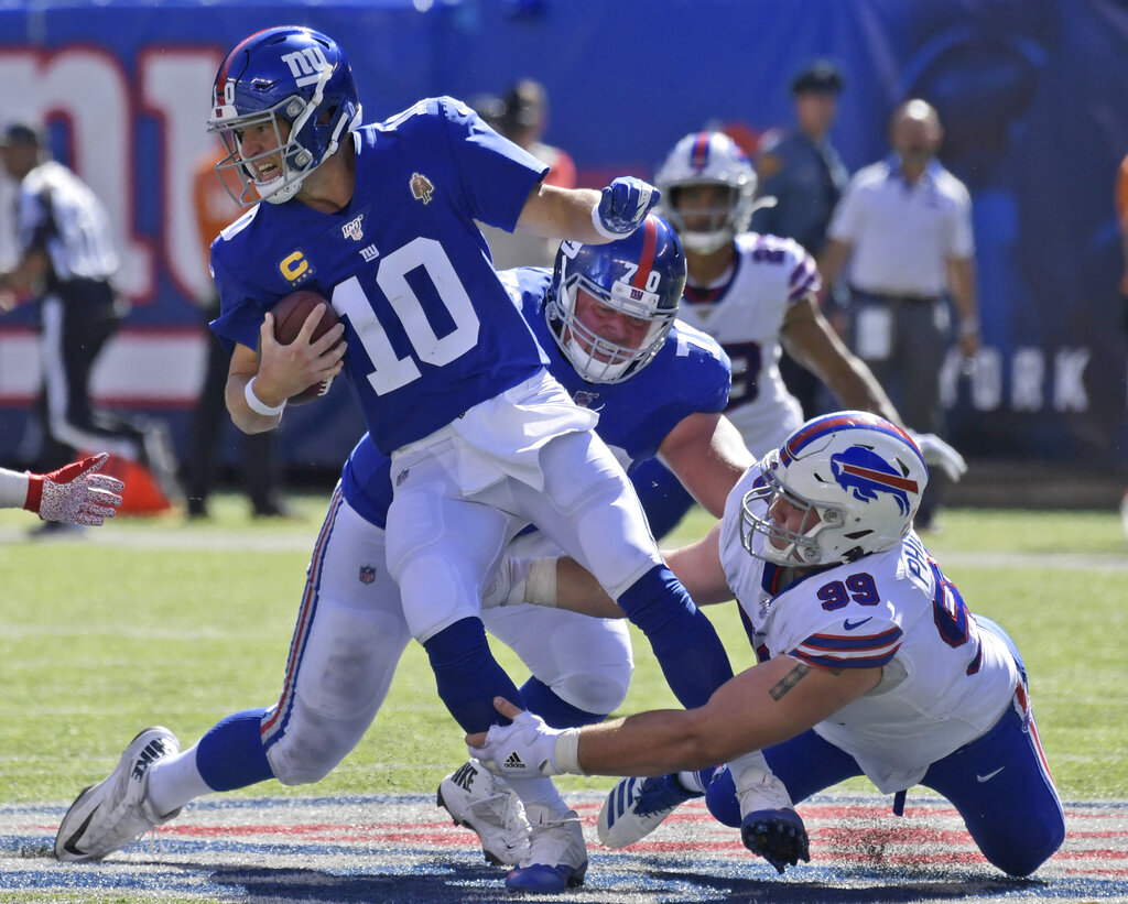 Giants' Eli Manning reacts to possible benching for Daniel Jones after 0-2 start: 'Let's stay away from the if's' (VIDEO)