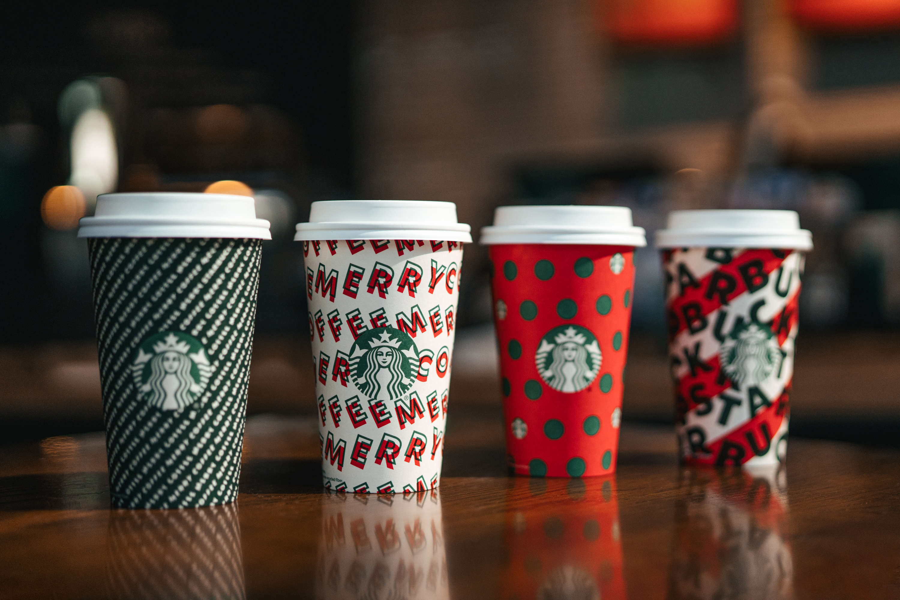 Starbucks Hours Christmas Eve 2020 Is Starbucks open on Christmas Day 2019? Store hours for Dec. 25
