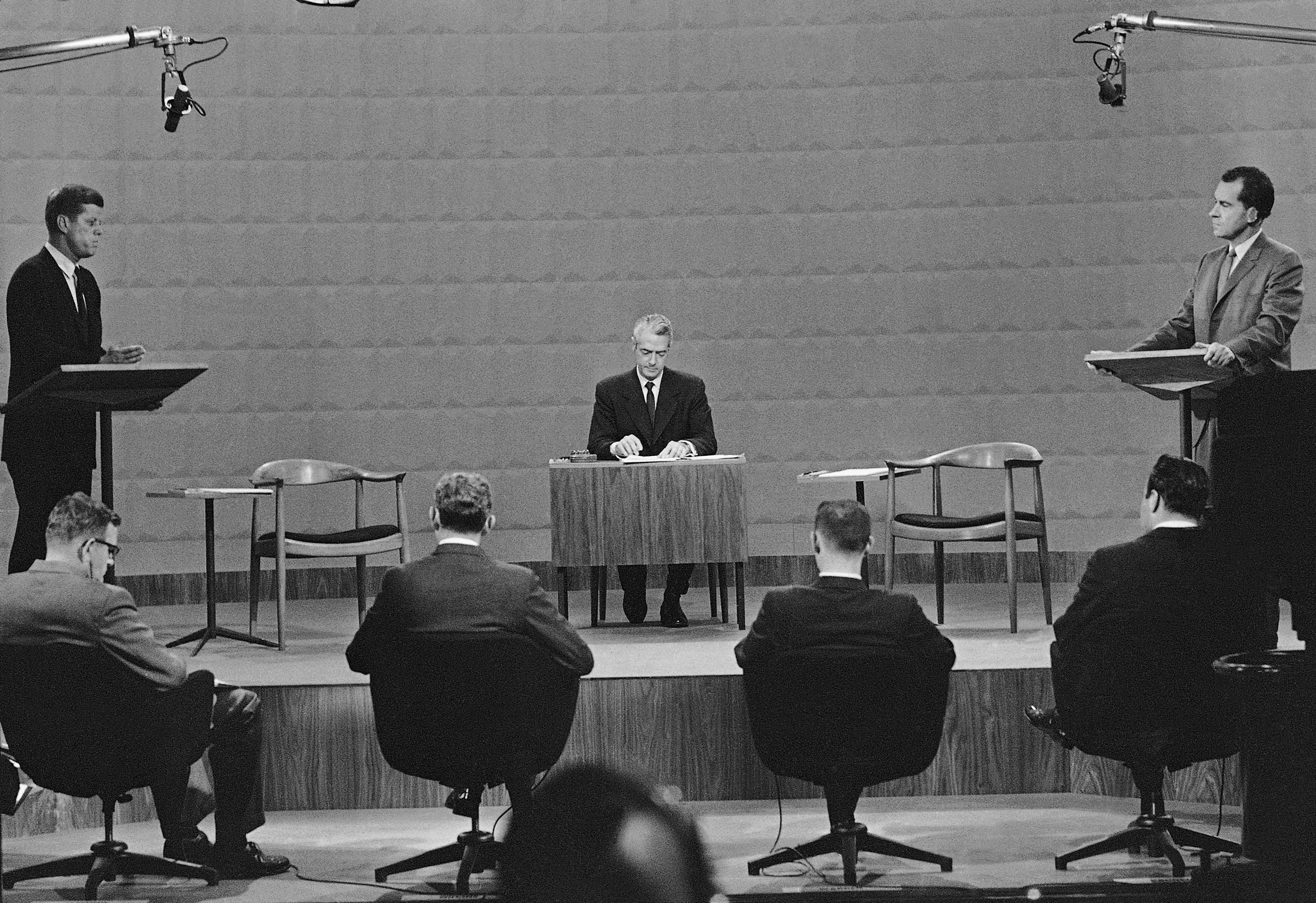 With first televised presidential debate in 1960, candidates learned appearance matters