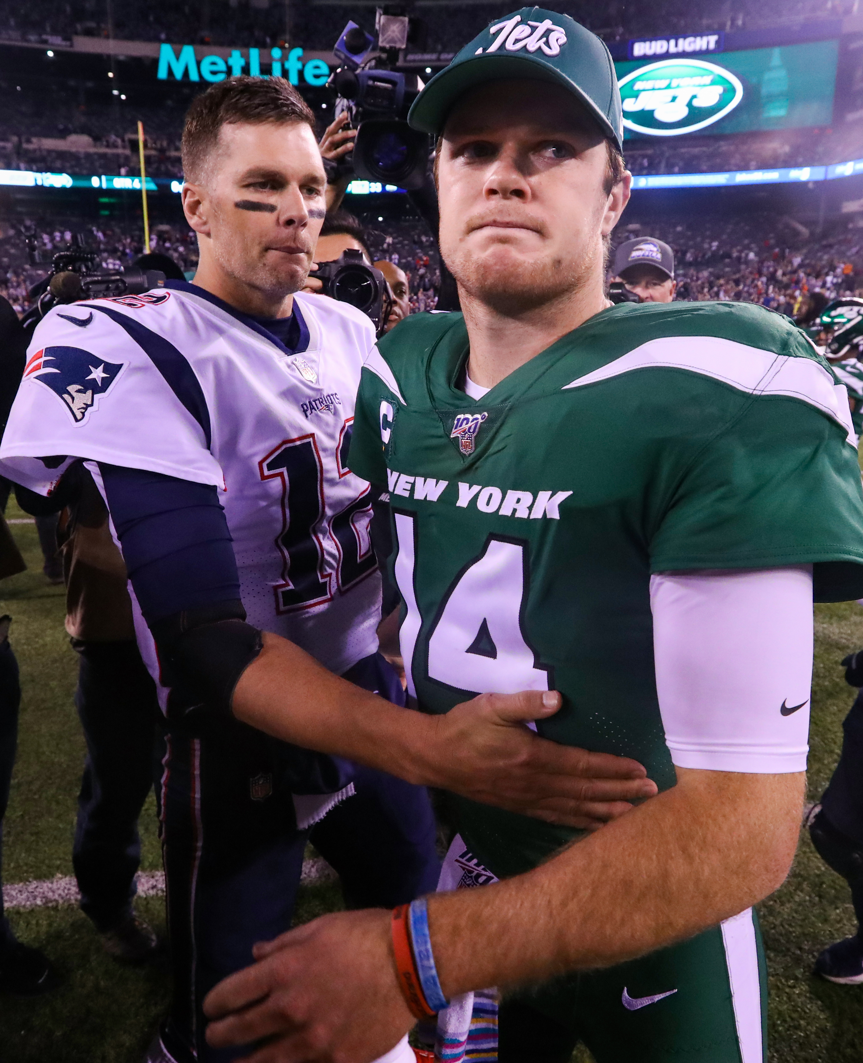 Patriots gloat after making Jets' Sam Darnold see 'ghosts' and eat his words in blowout: 'Ain't too many weaknesses over here'