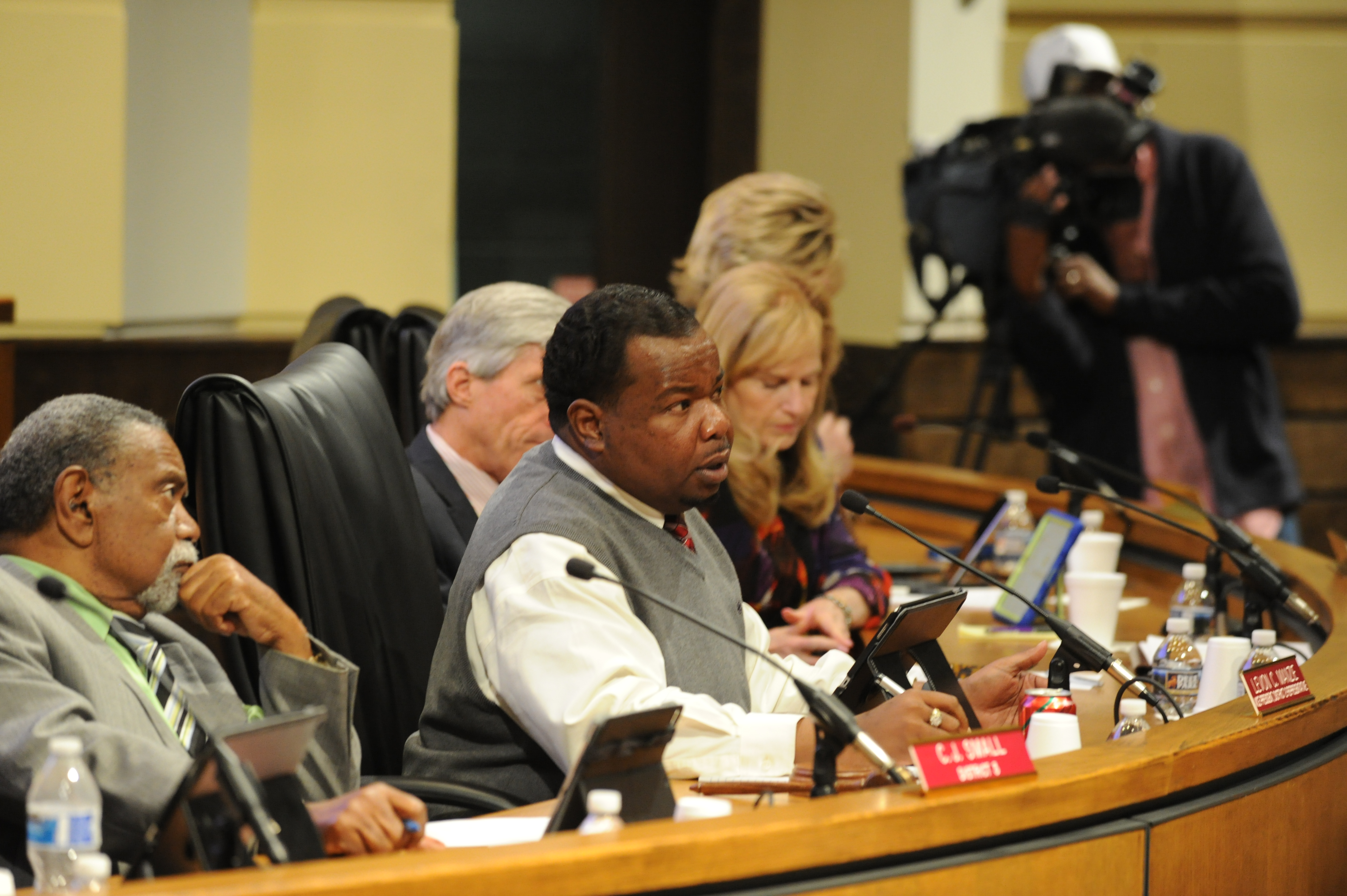 Troubled Mobile halfway house set for closure after city council revokes business license - AL.com