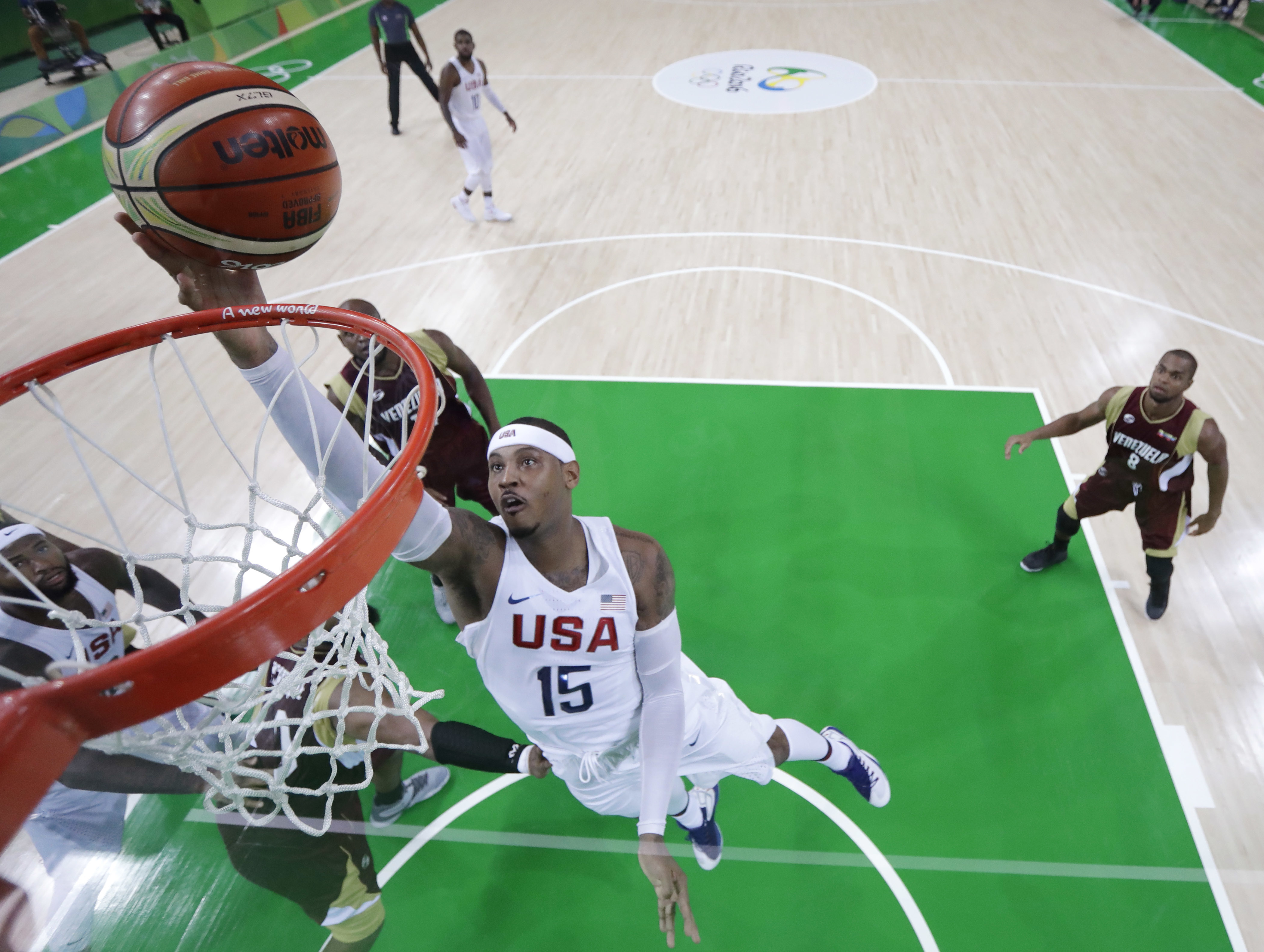Jim Boeheim, Mark Cuban defend Carmelo Anthony after rejection by Team USA