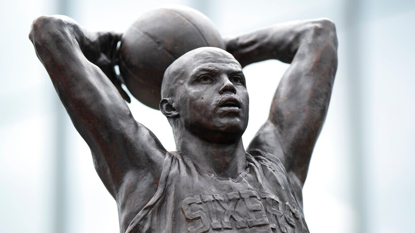 Philadelphia 76ers unveil statue of Charles Barkley