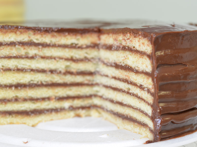 People flock to this small Alabama town for delicious seven-layer cake