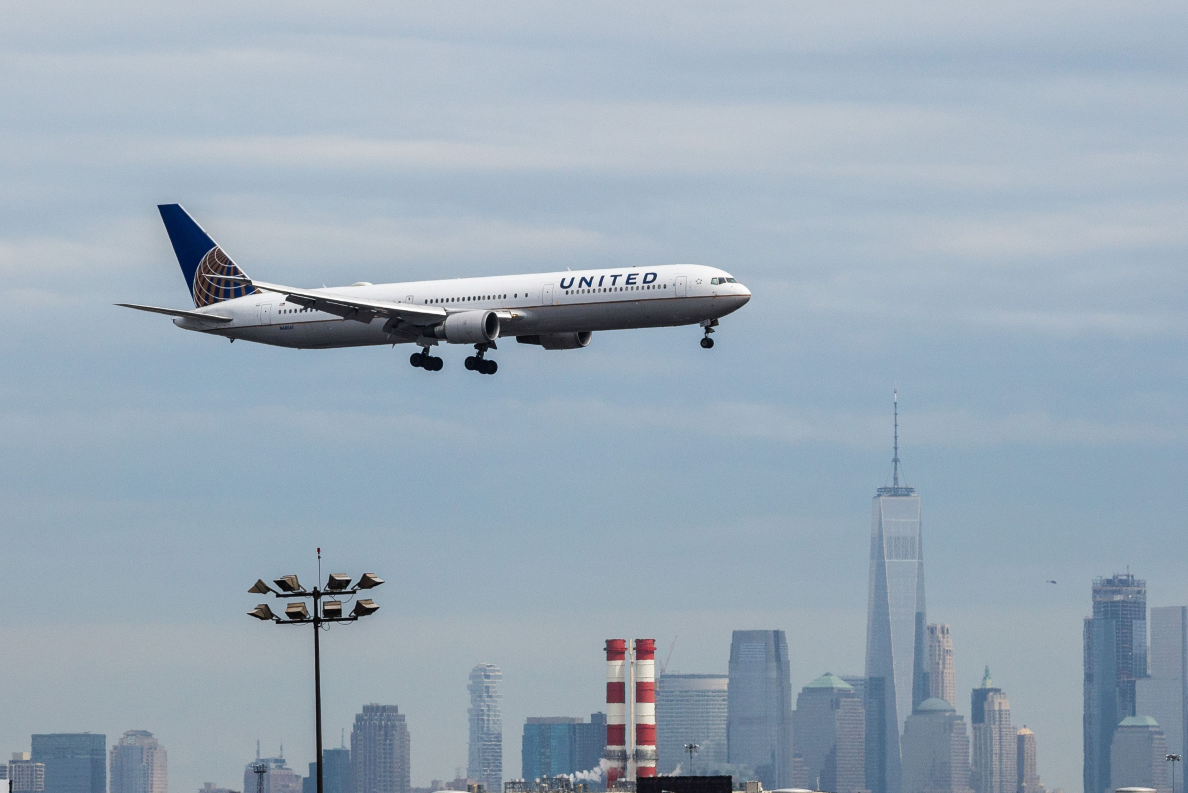 United, Delta see booming travel demand bucking fears of slowdown
