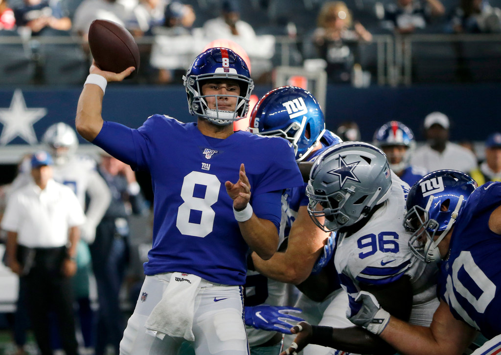 The end of an era: Eli Manning out, Daniel Jones in as Giants' starting QB