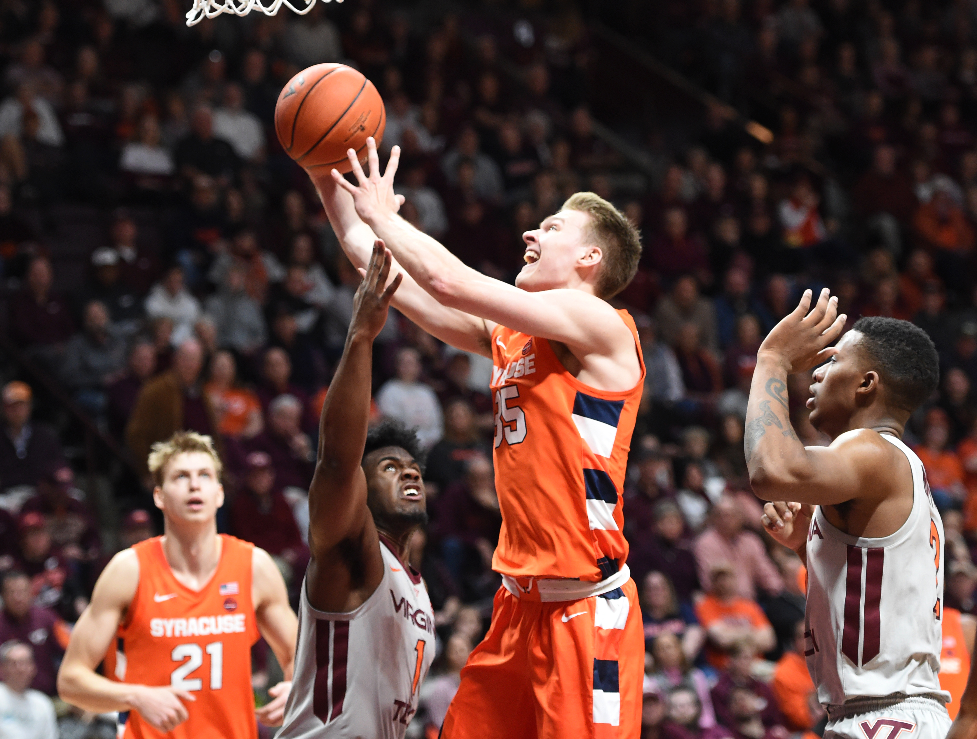 The 3-point happy Syracuse Orange went against type in win at Virginia Tech