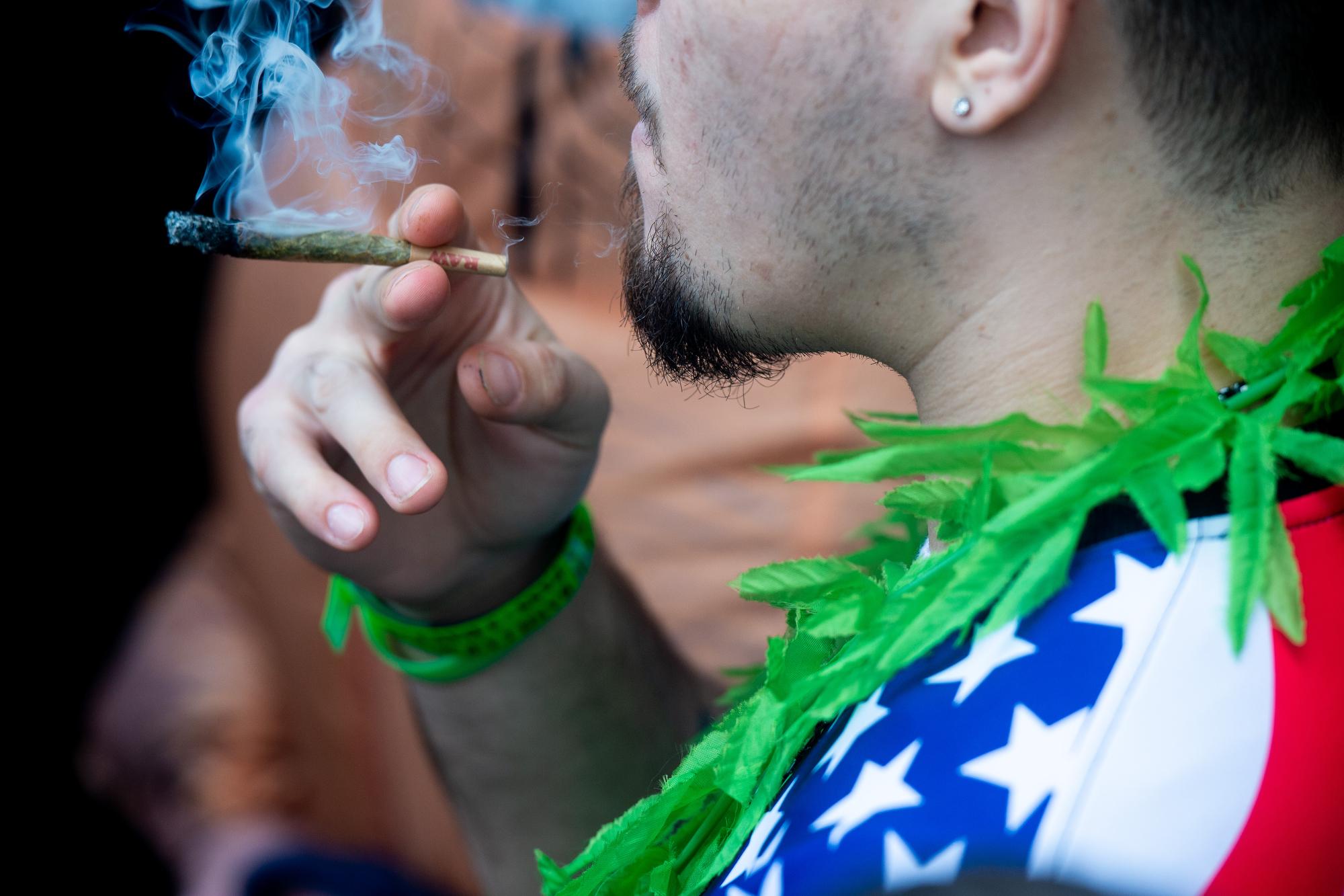 Ann Arbor officials to discuss recreational marijuana tonight