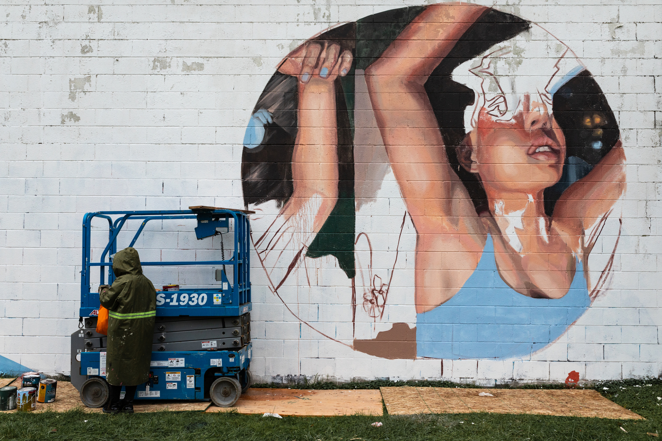 20 artists from around the world paint 20 murals in Flint