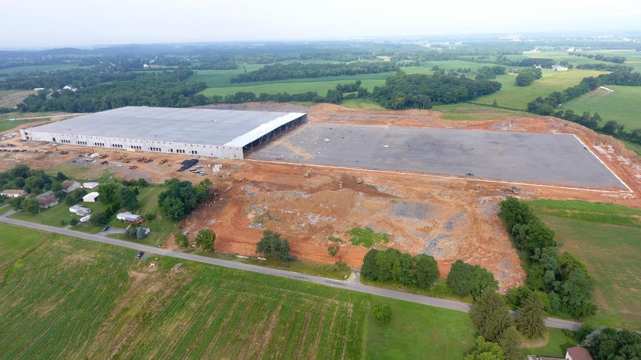 Massive warehouse with more than 1 million square feet expected to be completed by end of the year