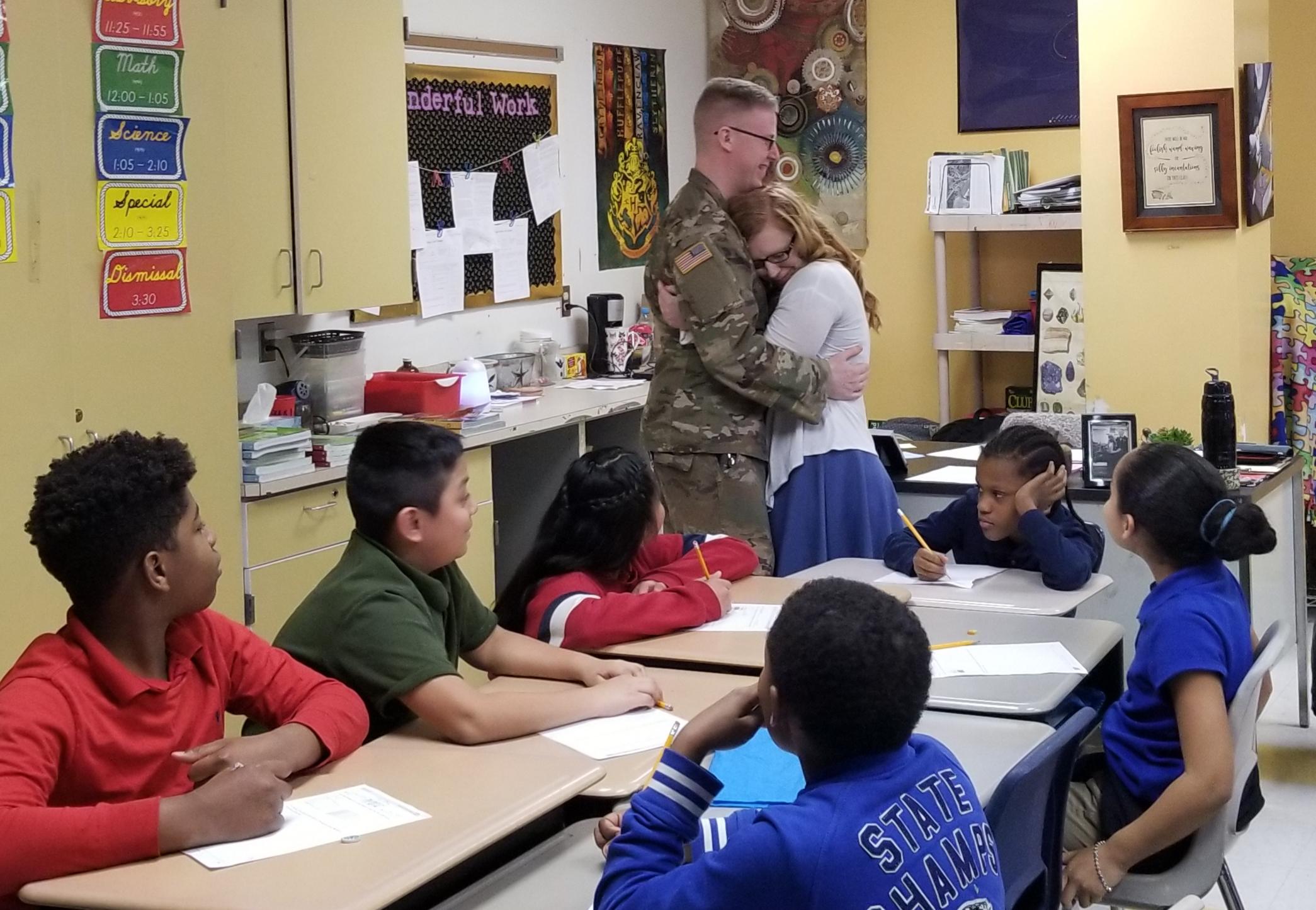 Soldier returns from deployment, surprises girlfriend in front of her Harrisburg middle school class