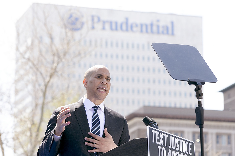 Booker's presidential campaign isn't getting much traction in Jersey either