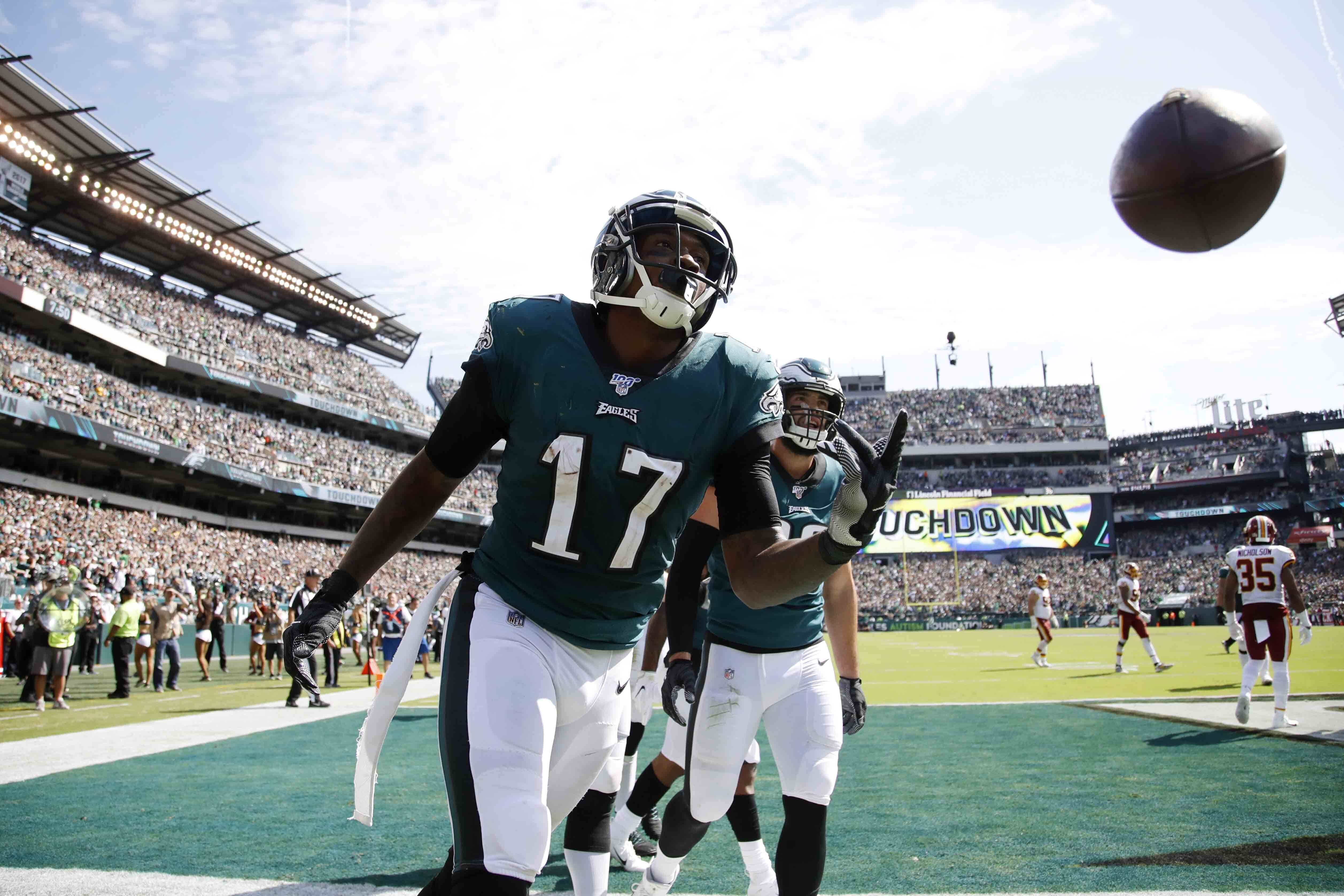 NFL rumors: Eagles' Alshon Jeffery could miss Lions, Packers games with latest injury | What happens at WR? Jordan Matthews? Greg Ward?