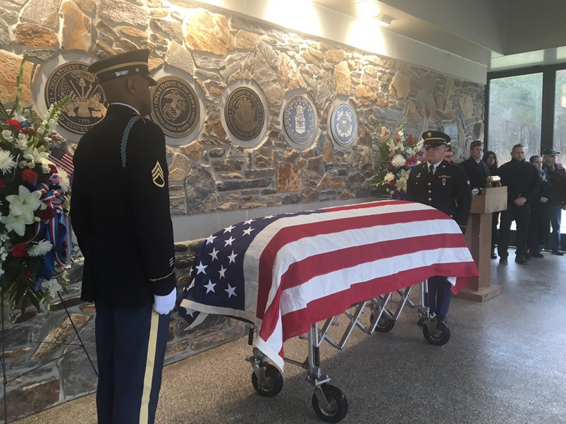 1,000 strangers answer the call, pack funeral of N.J. Vietnam veteran who died alone