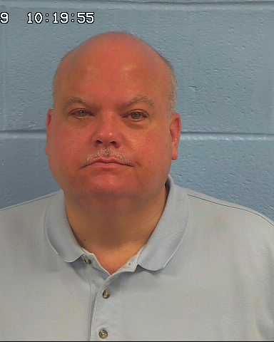Gadsden lawyer and his wife charged with felony theft from client