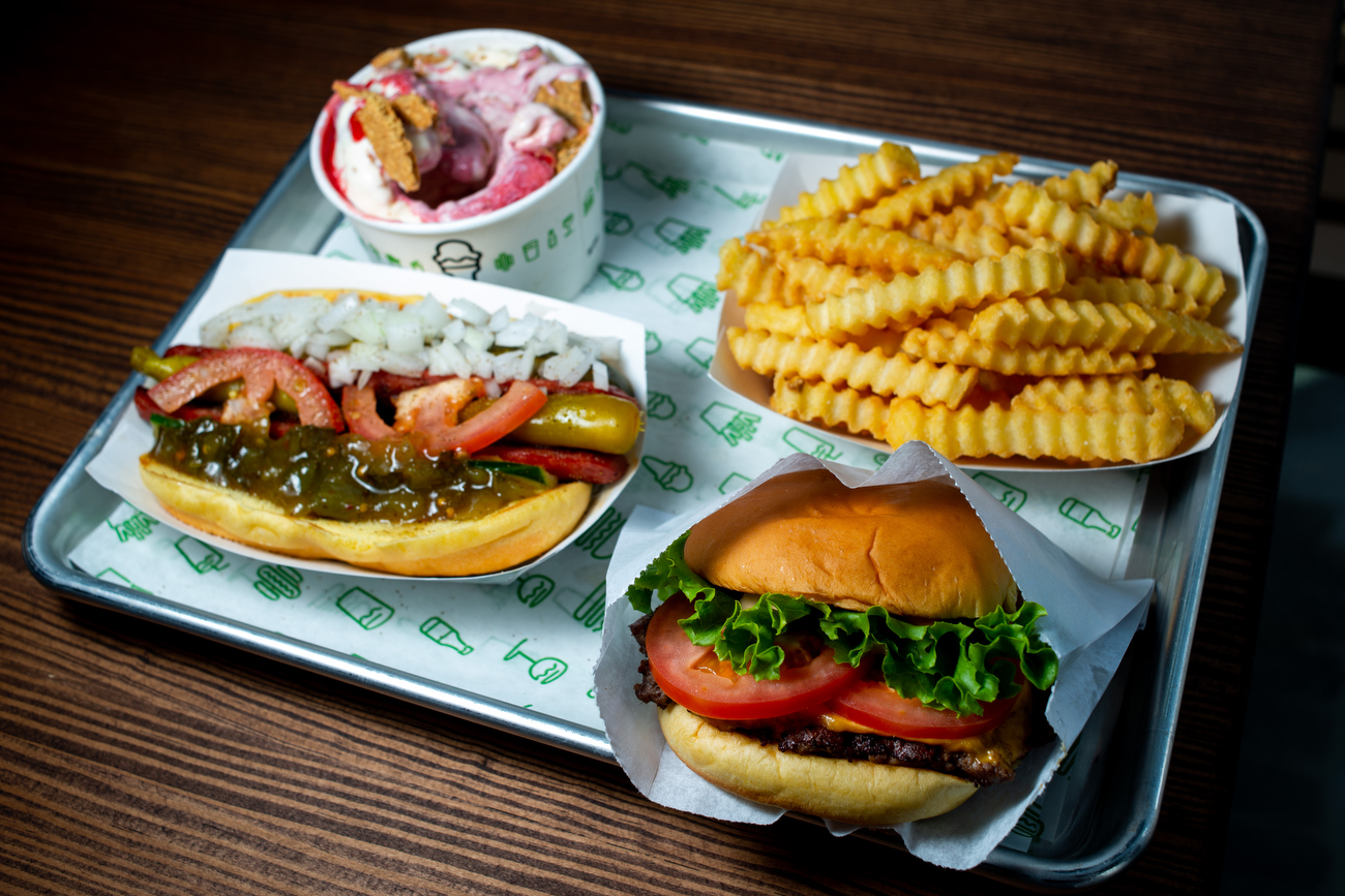 Shake Shack among 2 new food options coming to Menlo Park Mall
